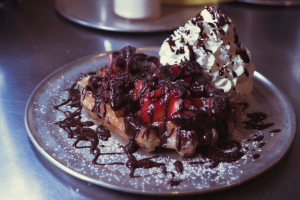 Zinneken's Specialty Dish Video: Strawberry Chocolate Waffles